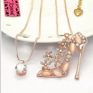 Betsey Johnson high heel shoe necklace
